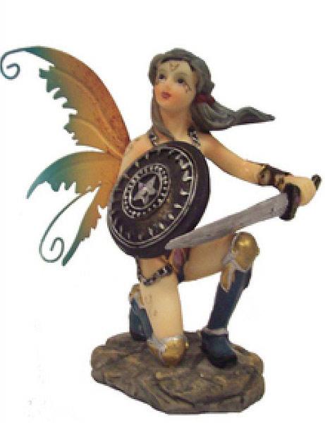 Elfe mit Schwert und Schild