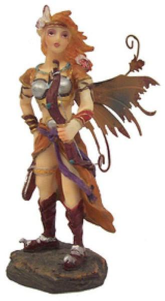 Elfe mit Pfeil und Bogen